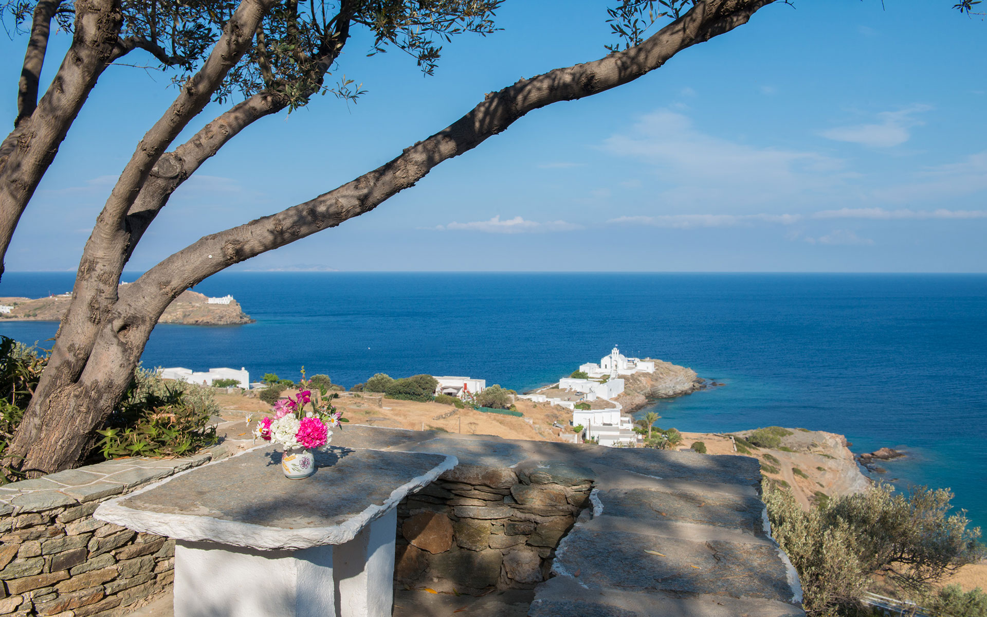 Unlimited view from Roubina rooms in Chryssopigi in Sifnos